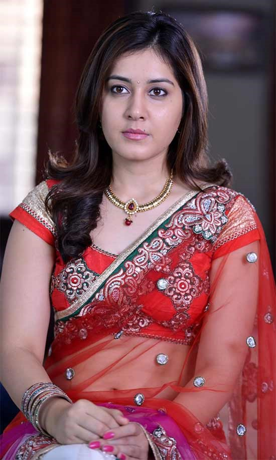 Tollywood Actress Rashi Khanna Hot Photo Gallery22