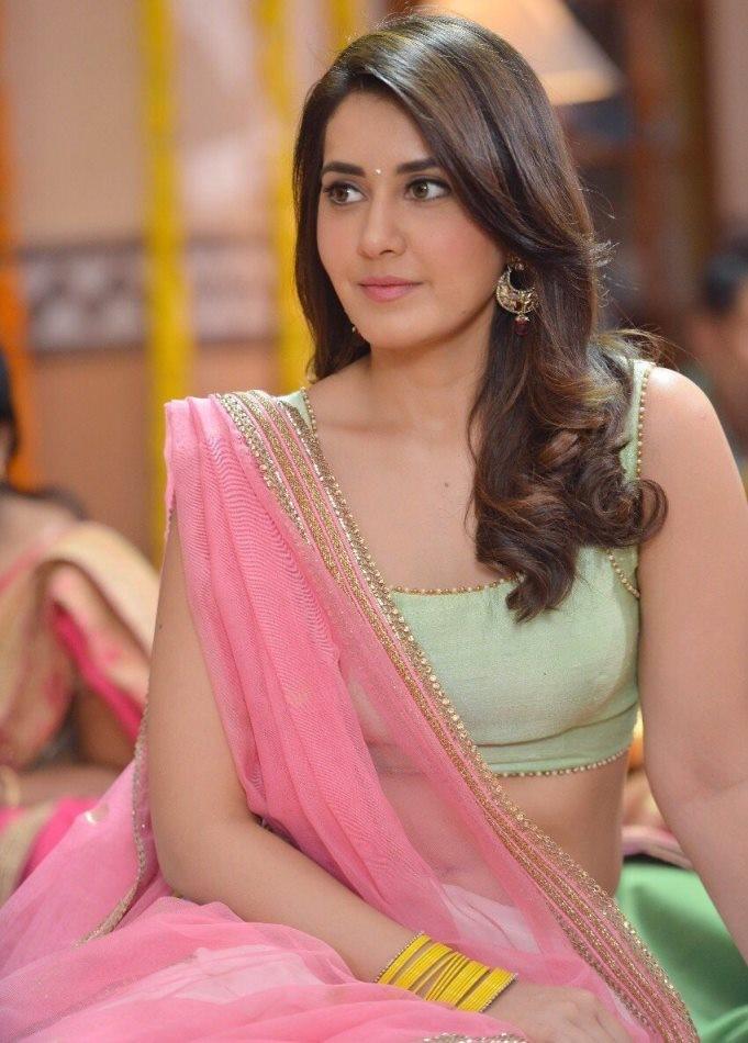 Tollywood Actress Rashi Khanna Hot Photo Gallery8