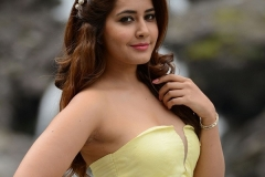 Tollywood Actress Rashi Khanna Hot Photo Gallery16