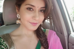 Tollywood Actress Rashi Khanna Hot Photo Gallery17