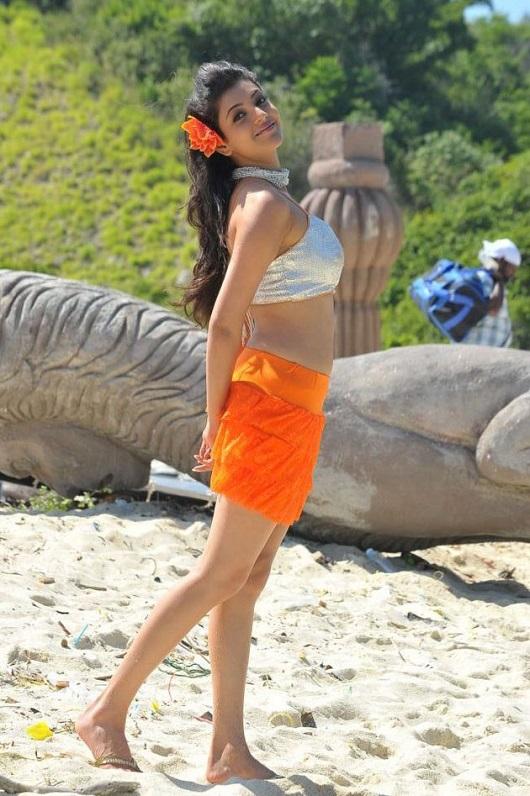Bollywood Actress Kajal Agarwal Hot Photo Gallery8