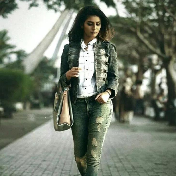 Priya Prakash Varrier20