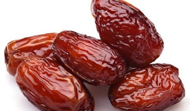 Eating Fresh Dates makes you Healthy