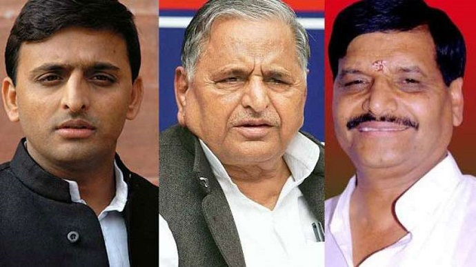 Akhilesh and Mulayam to Approach EC for 'Cycle' Symbol