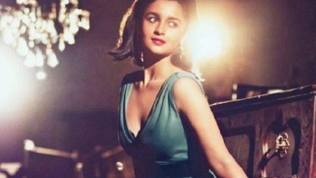 Alia Bhatt Bollywood Top Actress Talks about Romance